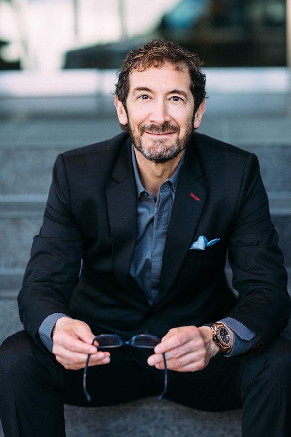 Dr Jonathan Sykes